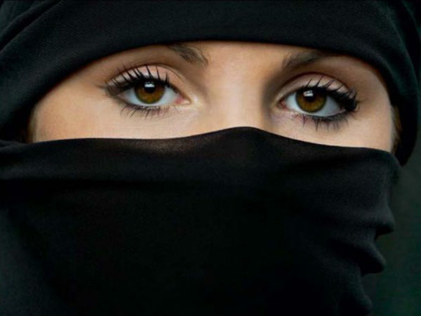 Woman gets $85000 for hijab ordeal