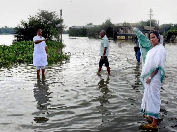 West Bengal Floods: 152 Dead, Mamata Banerjee Demands Aid From Centre