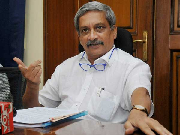 Manohar Parrikar files nomination for Goa State elections