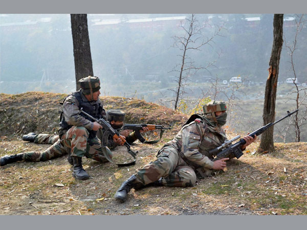 Terrorists attack CRPF picket in Srinagar injuring a jawan, encounter underway