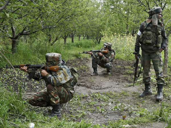 Unidentified militant killed in encounter in Kashmir