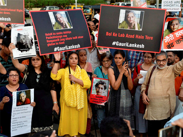 Mumbai cries for Lankesh
