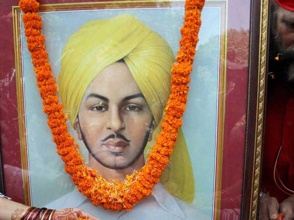 'Why Bhagat Singh not declared a Martyr?', asks family