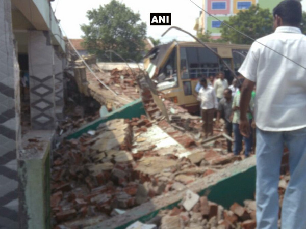 Bus stand roof collapses in Coimbatore, 9 killed, 20 feared trapped