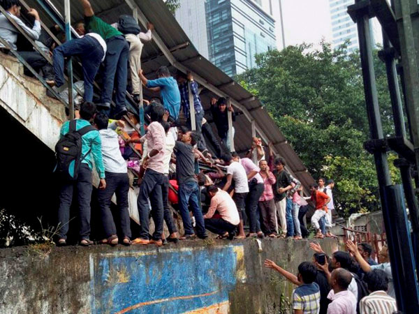 Stampede in Mumbai railway station claims three lives, 25 injured