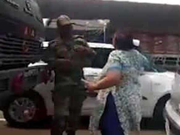 Lady who slapped Army men arrested