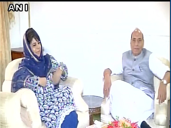 Home Minister Rajnath Singh meets with Chief Minister Mehbooba Mufti in Srinagar. Courtesy: ANI news