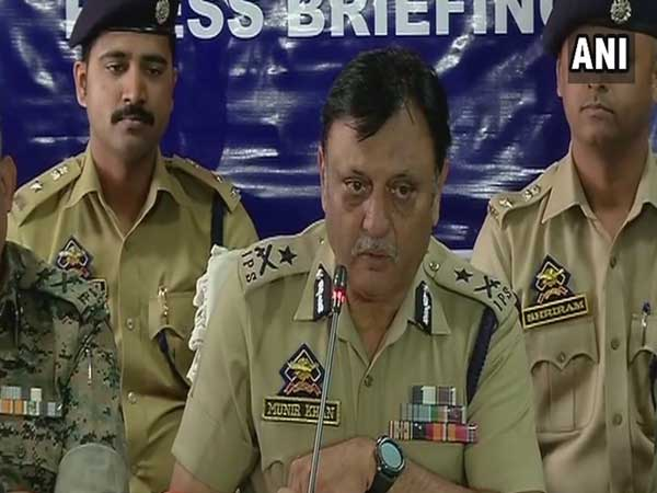 IGP Kashmir appeals youth to shun violence, join mainstream