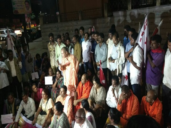 Journalist Gauri Lankesh shot dead in Bengaluru, protests across Karnataka