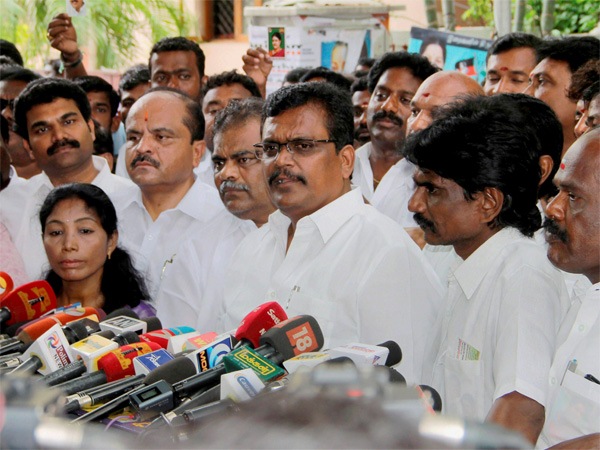 MLAs supporting VK Sasikala's nephew TTV Dinakaran address the media after calling on Tamil Nadu Governor CH Vidyasagar Rao to express their no-confidence in the Chief Minister K Palaniswami government, in Chennai.