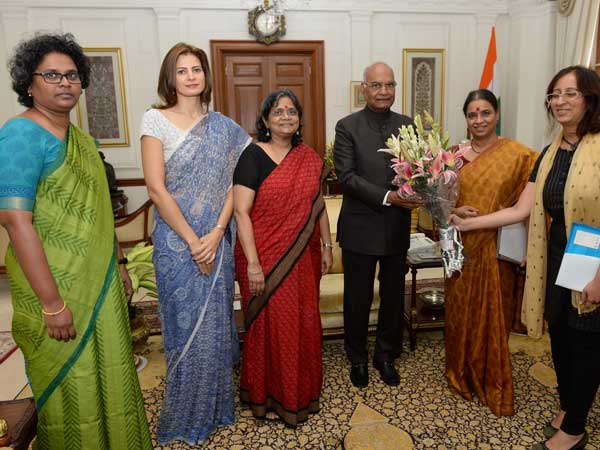 Women's groups' delegation meets President to push for passage of long pending Women's Reservation Bill