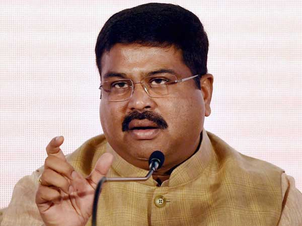 Need tax uniformity on petroleum products, says Pradhan