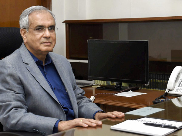 Stop having illusions about privacy: Niti Aayog VC