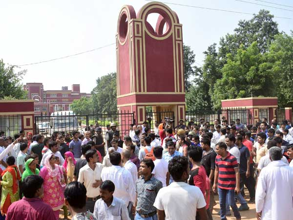 Pradyuman Thakur murder: Ryan International School reopens after 10 days, attendance low