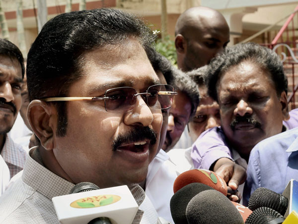 Hearing begins in Madras High Court on AIADMK MLA disqualification case