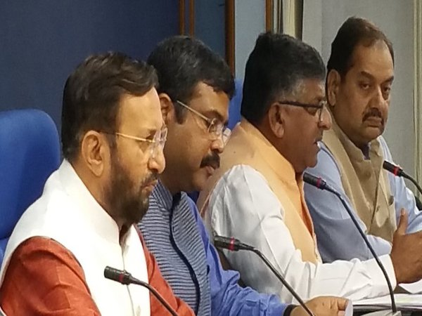 Javadekar at cabinet meeting