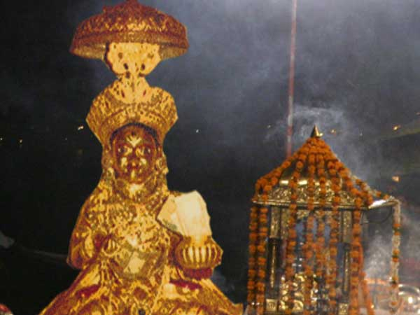 Dhanteras 2017: Kashi Annapurna temple opened for devotees