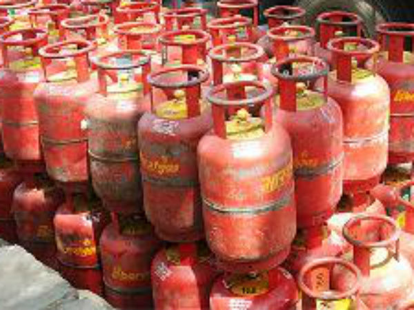 LPG costlier by Rs 1.50 a cylinder, jet fuel price hiked by 6 ...