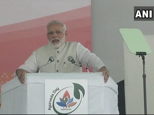 Prime Minister Narendra Modi speaking at Vigyan Bhavan. Courtesy: ANI news