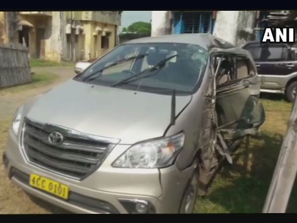 Myanmar consul general Pyi Soe dies in auto  crash in Jharkhand