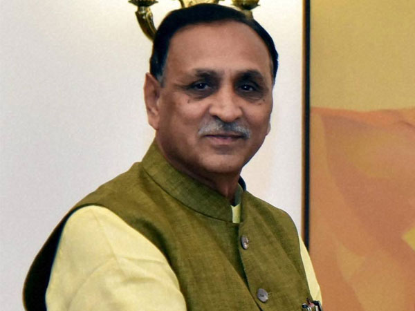 Cong-Hardik tie-up won't affect BJP's poll prospects: Rupani