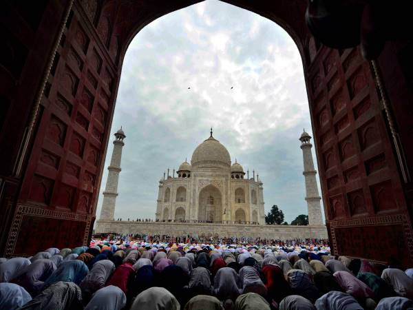 Subramanian Swamy claims Taj Mahal was built on stolen property