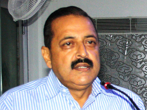 Jitendra Singh hits out at Rahul over temple visits in Gujarat