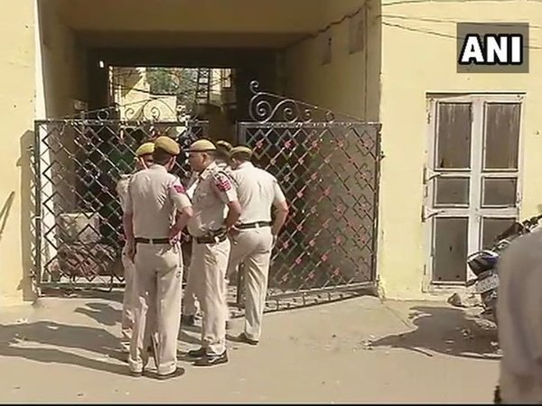 Five found dead in Delhi home
