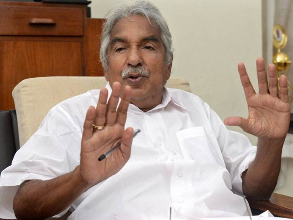 Vigilance probe ordered against Oommen Chandy