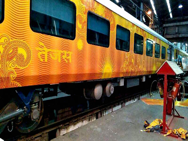 24 fall ill after consuming food on Tejas Express