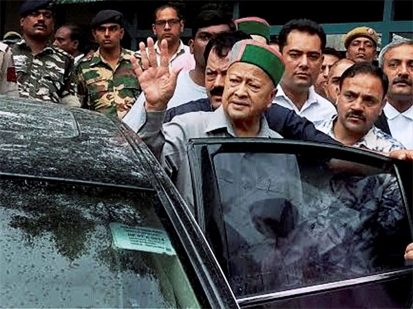 Virbhadra Singh, wife among accused in disproportionate assets case