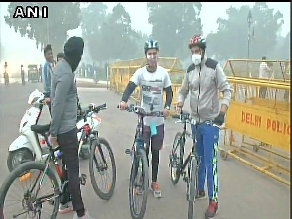 Fitness enthusiasts at Rajpath