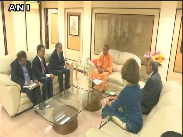 Bill Gates meets Uttar Pradesh Chief Minister Yogi Adityanath. Courtesy: ANI news
