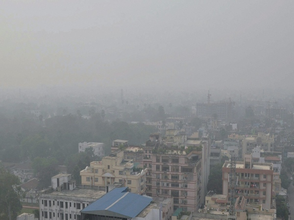 View of the city enveloped by heavy smog in Patna. PTI file photo