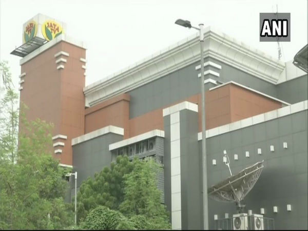 Chennai: IT raids on Jaya TV premises continue for 4th day