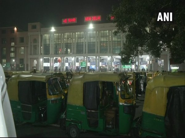 Early morning Visuals from New Delhi Railway Station