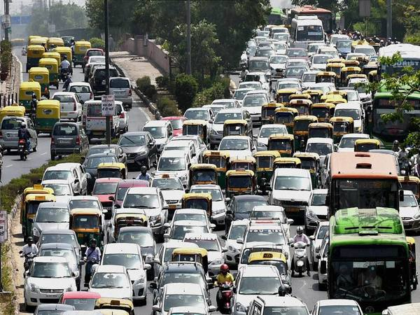 Traffic moves at slow pace at ITO, Vikas Marg during the second phase of odd-even scheme, in New Delhi in April 2016. PTI file Photo