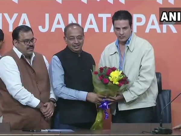 'Aashiqui'-fame actor Rahul Roy joins BJP. Courtesy: ANI news