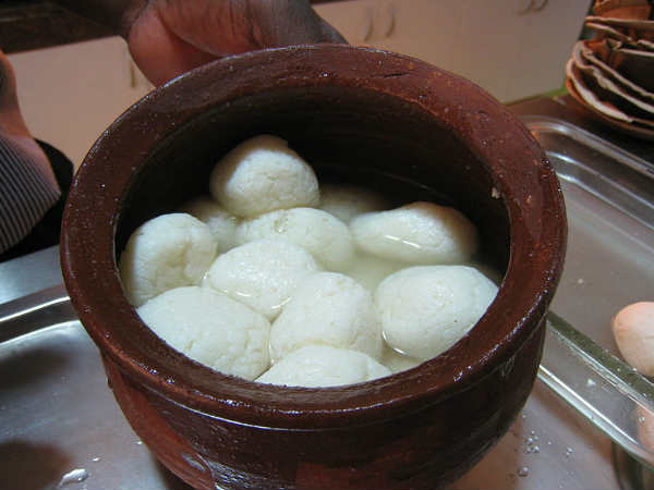 Rosogolla battle ends on a sweet note for West Bengal