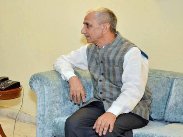 [J&K: Dineshwar Sharma to visit valley, talks to begin today]