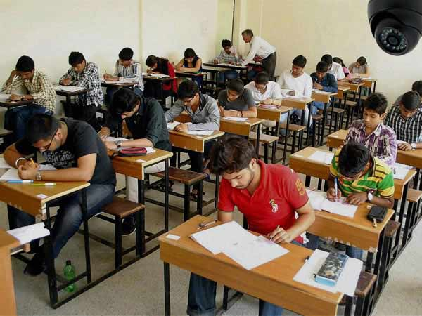CAT begins today, footwear will not be allowed in exam hall
