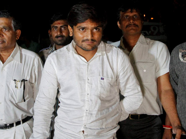 Gujarat elections: Congress gives Hardik Patel three options