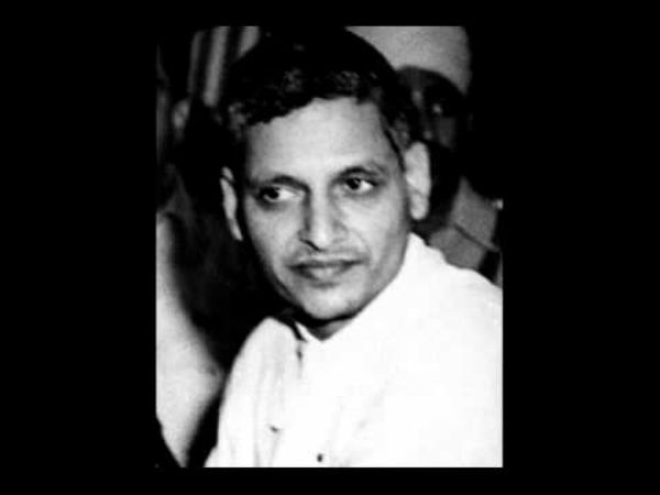 Hindu Mahasabha builds Godse temple, Congress cries sedition