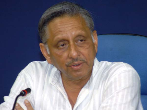 Aiyar apologises for Neech remark, says Hindi not his mother tongue