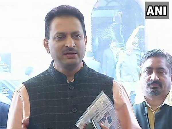 "Ananth Kumar Hegde apologises, says ""constitution is supreme to me"""