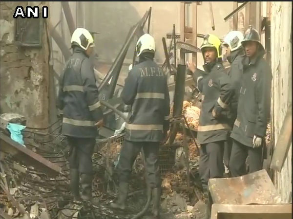 12 dead in fire in shop in Mumbai's Khairani road