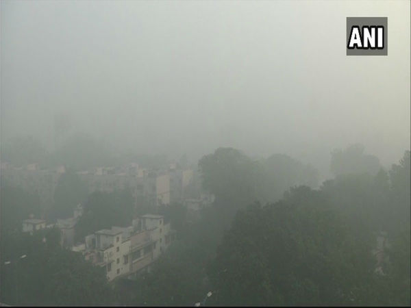 Heavy fog engulfs Delhi; 10 flights diverted due to low visibility