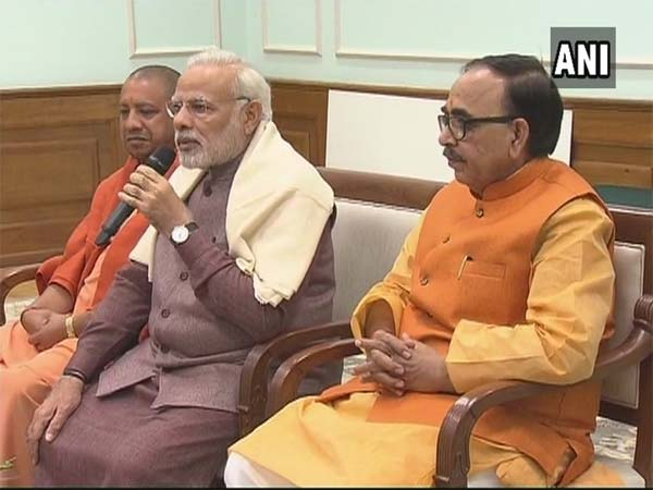 PM Modi meets UP BJP Mayors in Delhi