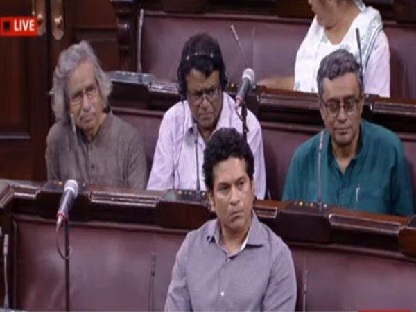 [Uproar stalls Sachin Tendulkar's first speech at Rajya Sabha, house adjourned]