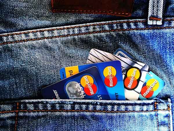 How to make the best use of student credit cards?